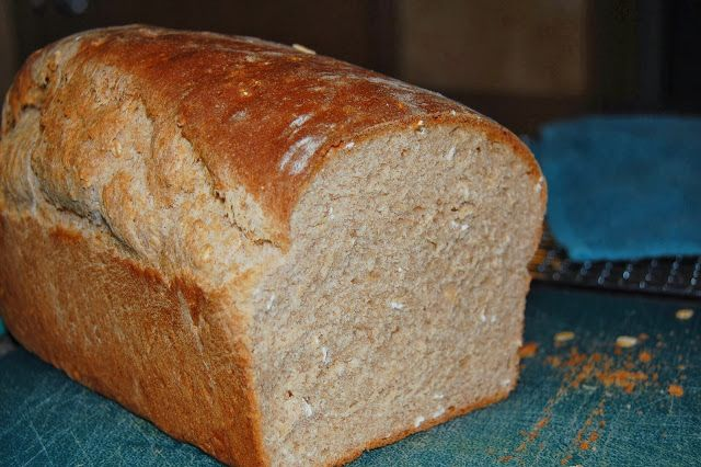 Kitchen Curiosities and more...: Whole Wheat Honey Oatmeal Bread