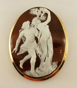 Bimonte Cameos Coral Sorrento - Apollo and Daphne