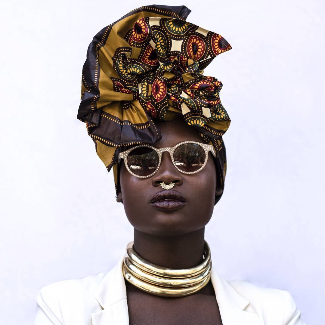 """«""""Keep your head up. Keep your heart strong."""" Model: @Caxmee Mua: @laneamua Headwrap/Accessories: @fanmdjanm Creative Director/Stylist: @findingpaola…»"""
