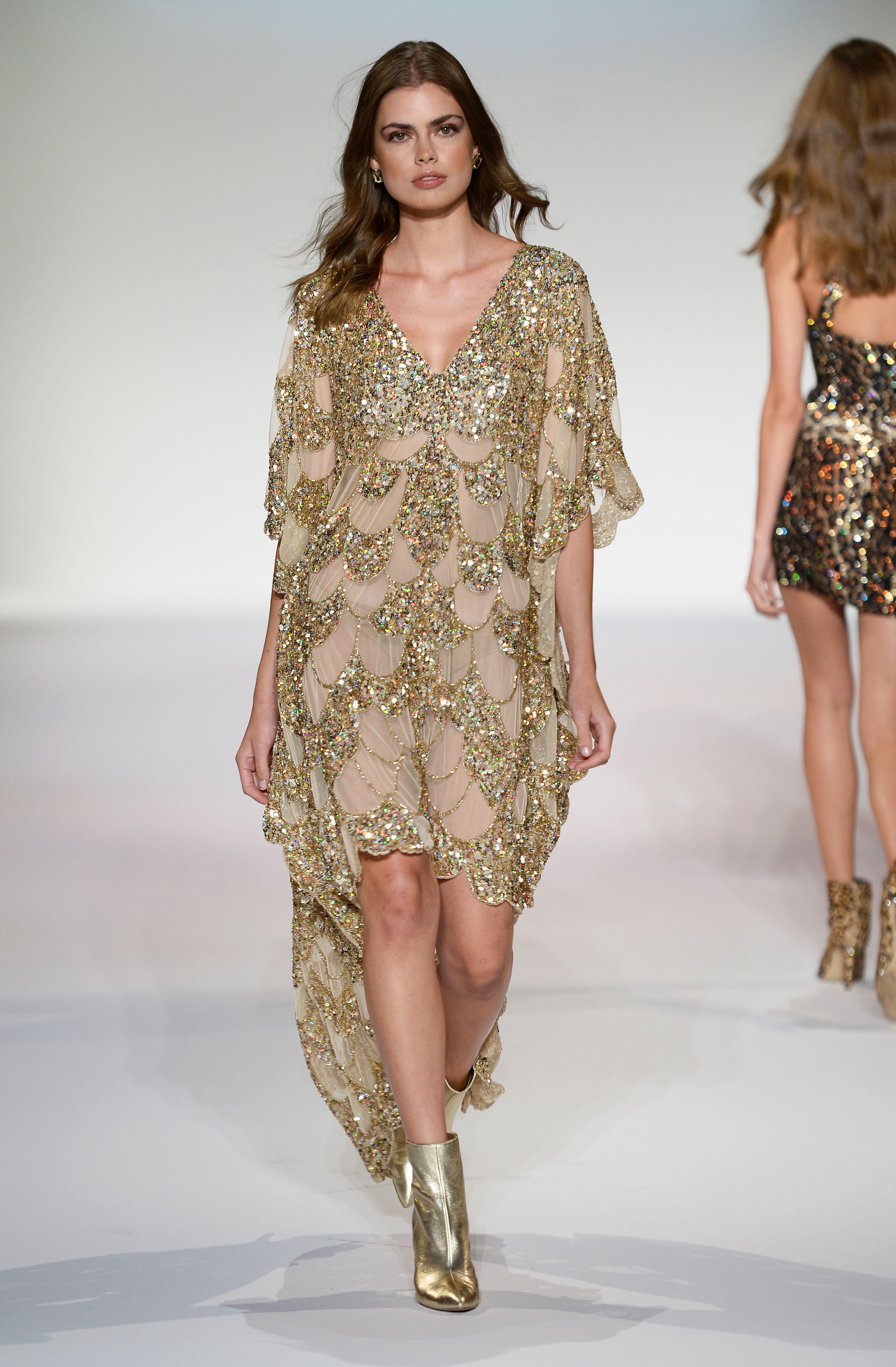 Nyc Fashion Week 2020.New York City Fashion Week 2019 Sherri Hill Spring 2020
