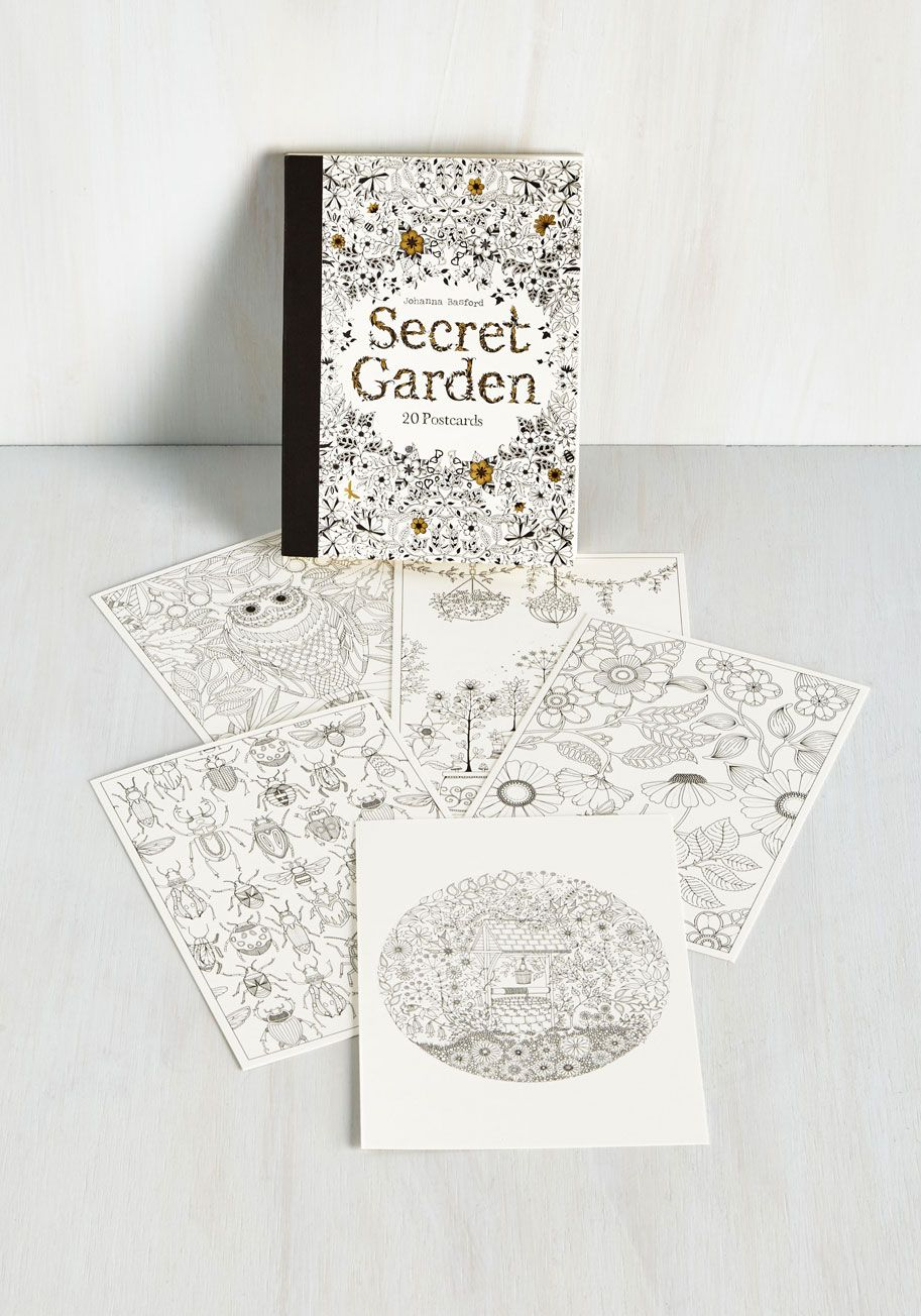 Part The Tallest Hedges And Enter World Of Johanna Basfords Secret Garden When You Flip Through This Picturesque Postcard Book By Chronicle Books