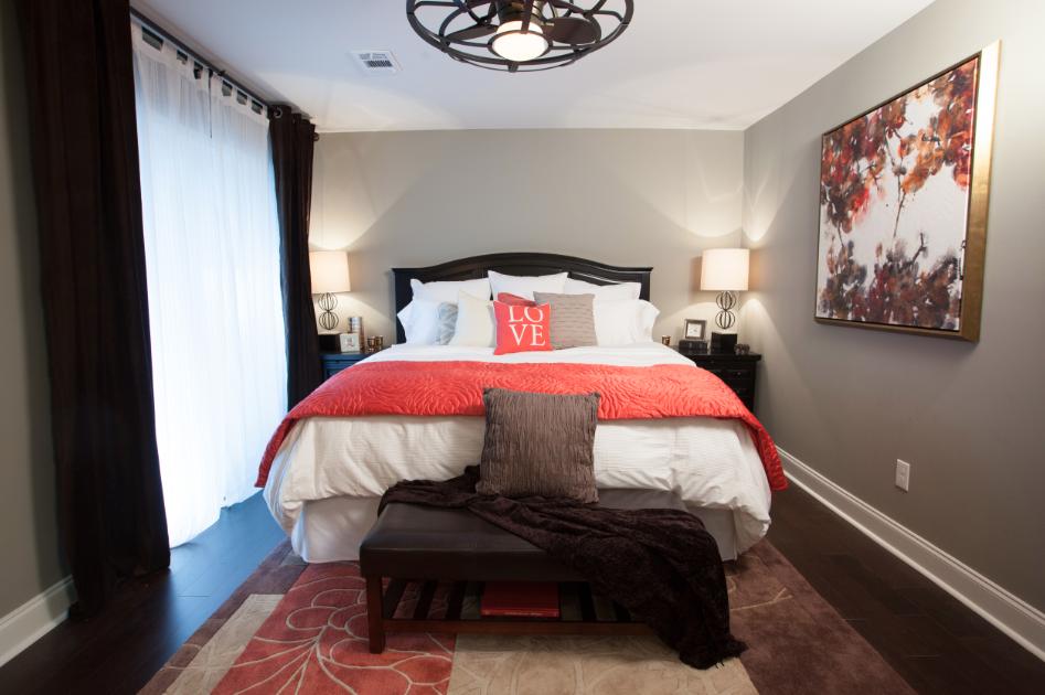 Dionna And Natasha Dionna S Master Bedroom With Savoy