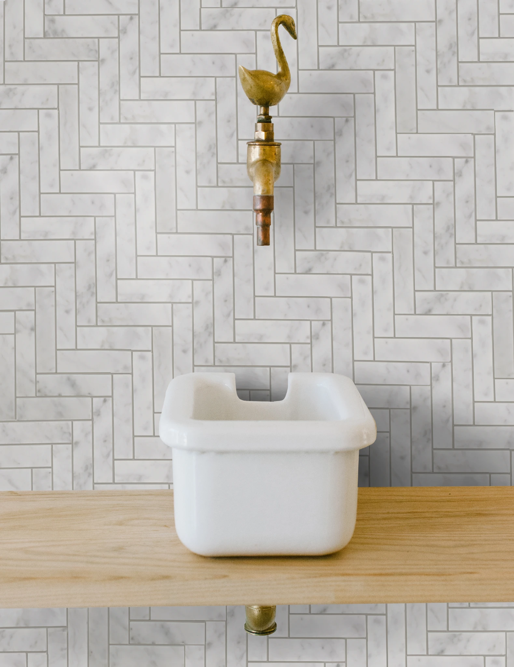 Cle Basics Carrara Herringbone Tiles 1 X3 3 4 X3 8 Herringbone Tile Herringbone Tile Floors Marble Herringbone Tile