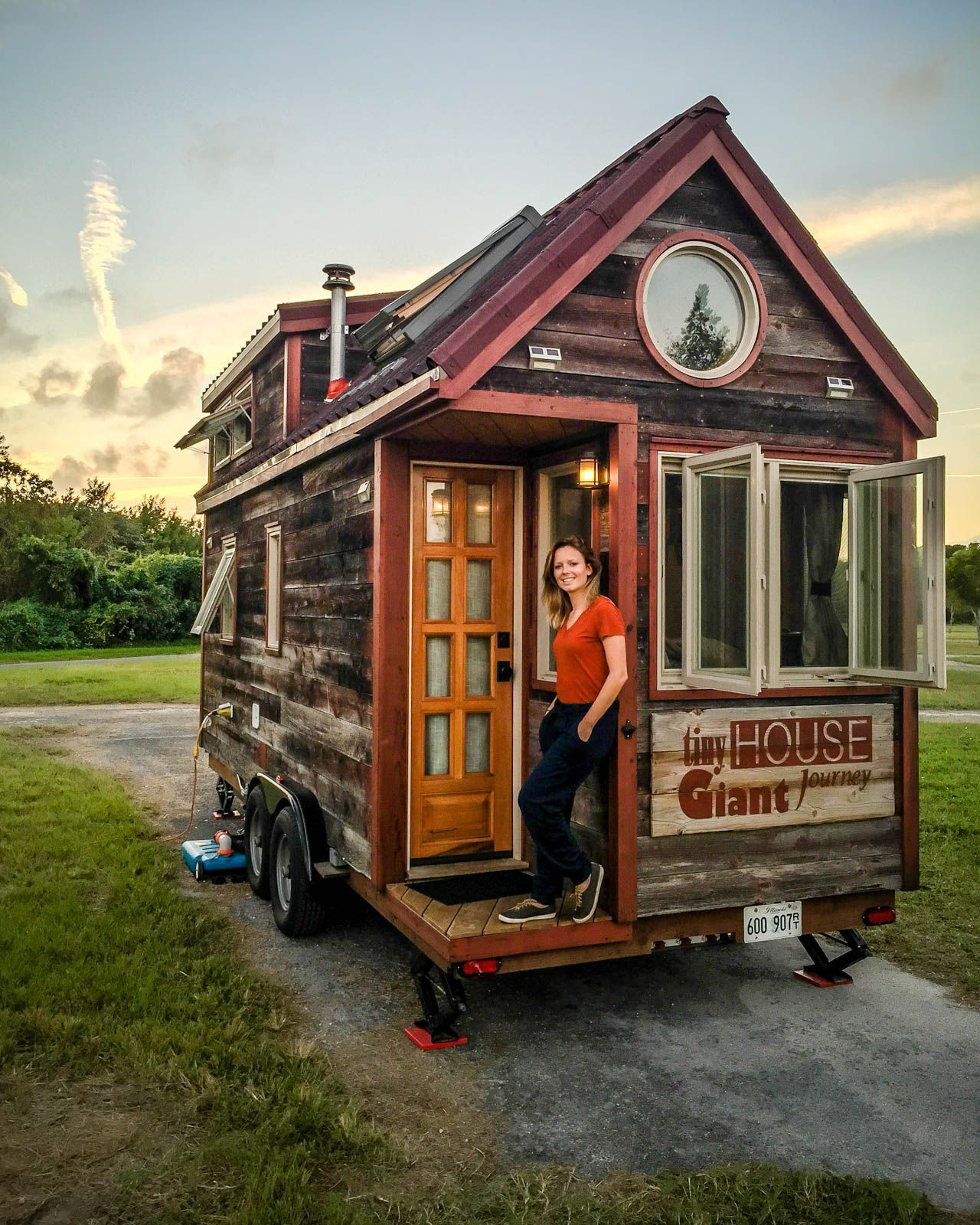 Tiny House Vs Rv Is One Better Than The Other Tiny Home Cost