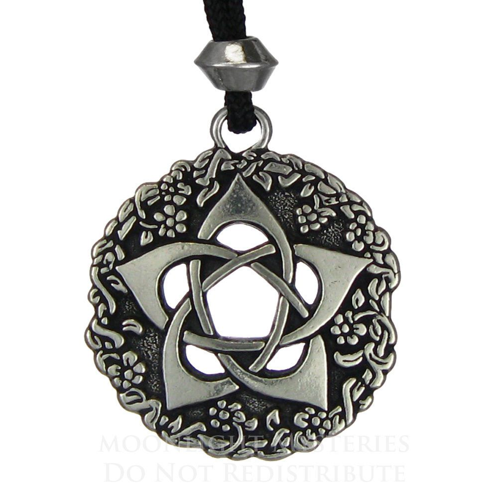 Graham and brown 57218 darcy wallpaper pearl pentacle and paganism pentacle of the goddess jewelry pentagram wiccan pendant pagan necklace 22 buycottarizona Choice Image