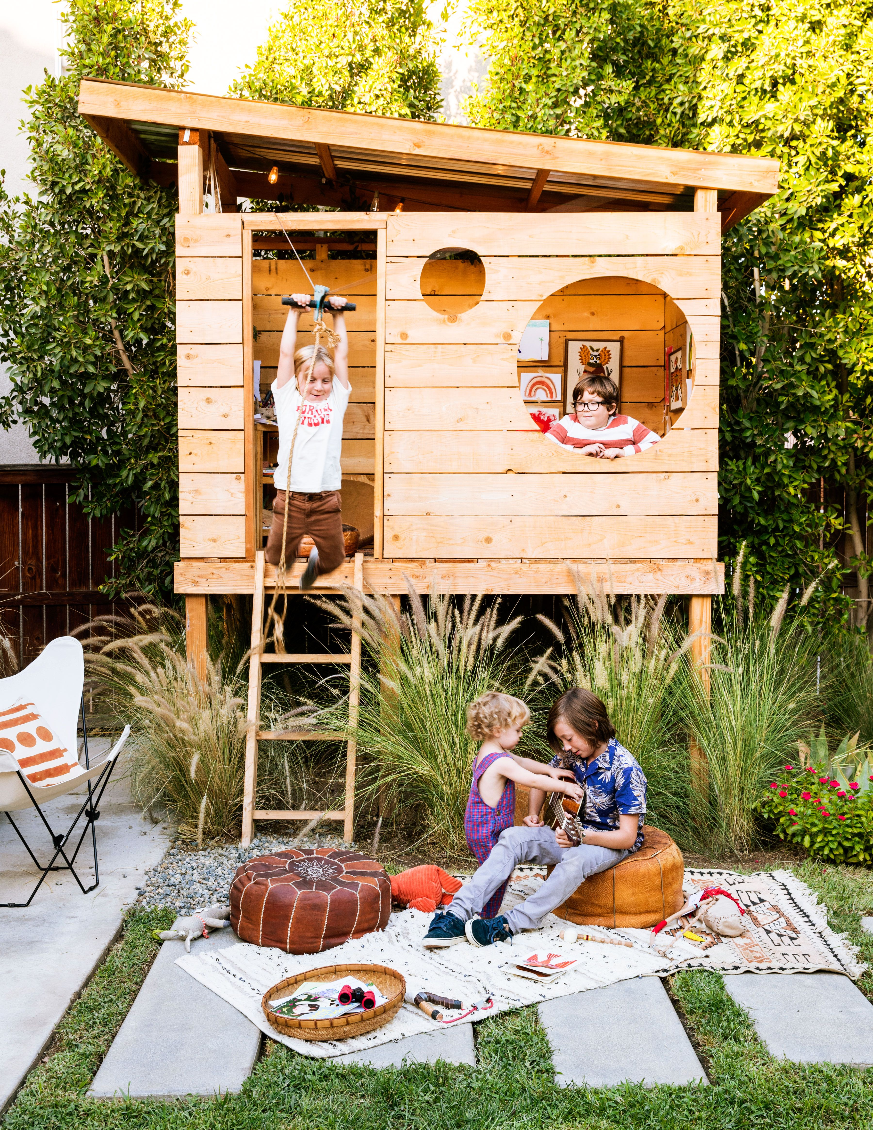 How to Create the Ultimate Backyard Fort | Backyard for ...