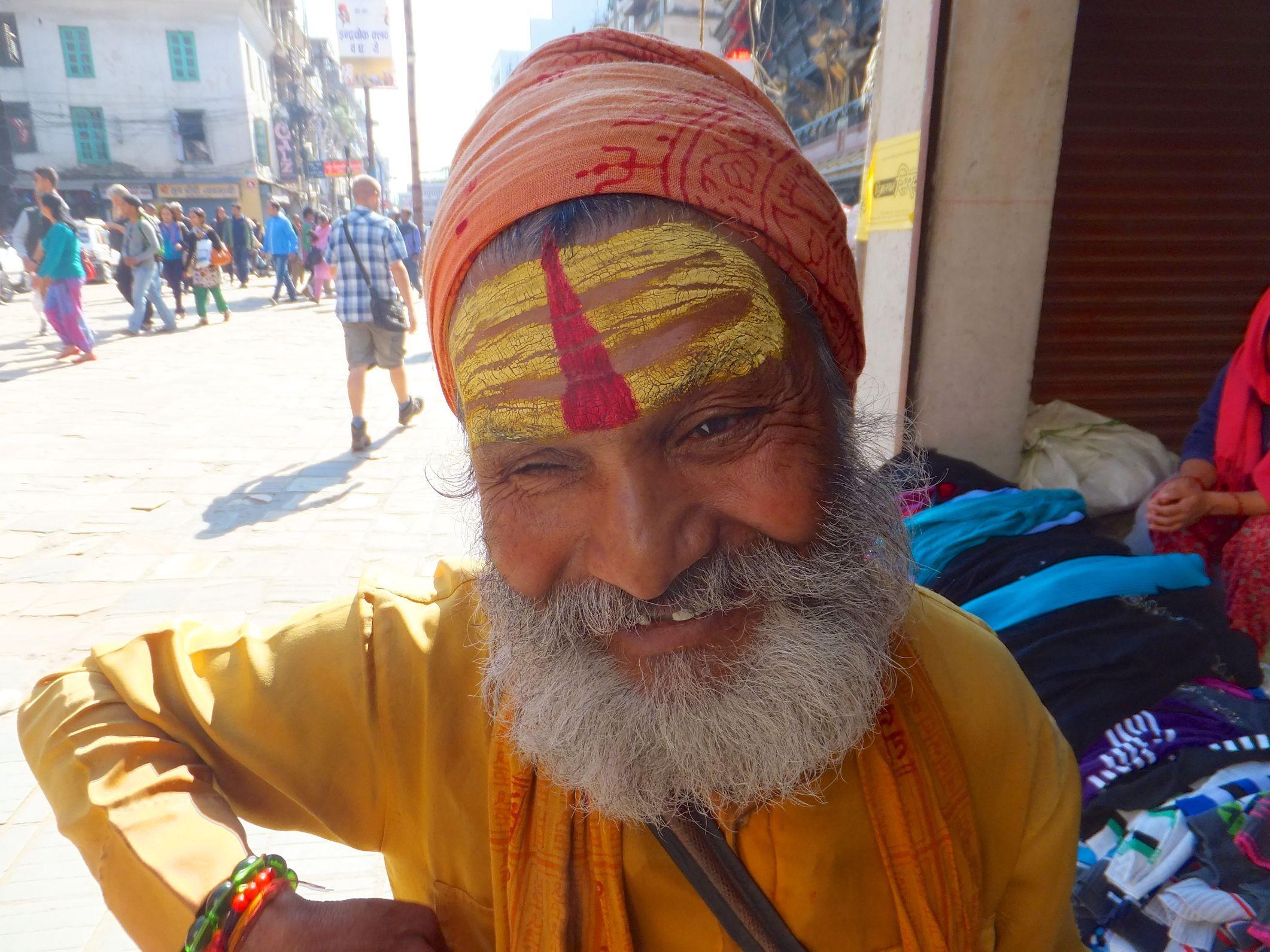 Namaste Nepal – Kathmandu ein touristischer Albtraum – Ich habe es geschafft und bin raus aus Asien, immer Richtung Westen auf dem Weg nach more pictures here https://www.overlandtour.de/namaste-nepal-kathmandu-ein-touristischer-albtraum/