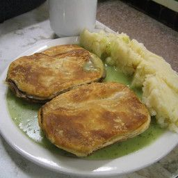 Traditional pie n mash with parsley liquor