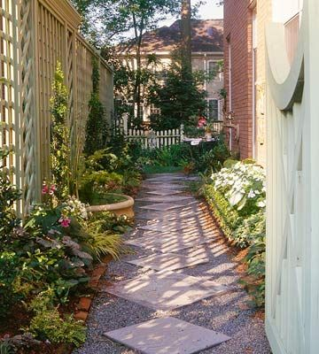 Garden Path Ideas: Mixed-Material Walkways | Narrow garden ... on Side Yard Path Ideas id=95398