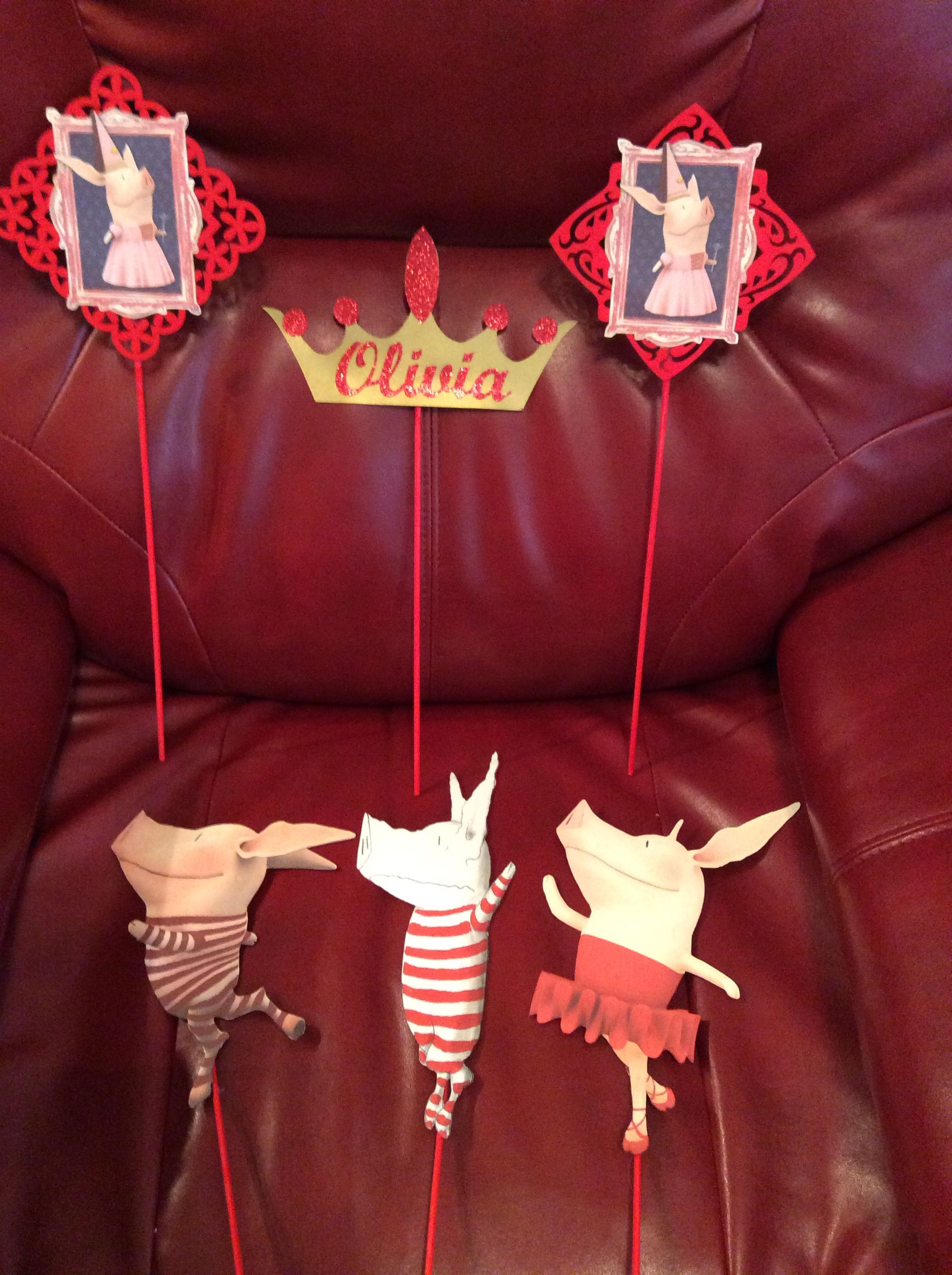 Olivia The Pig Props For A Center Piece