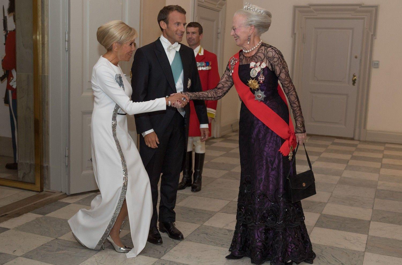 Brigitte Macron Robe longue ceremonie, Brigitte macron