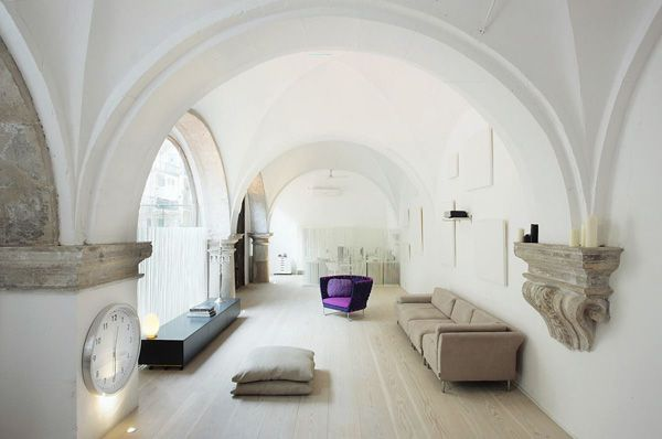 love the arches and splash of color