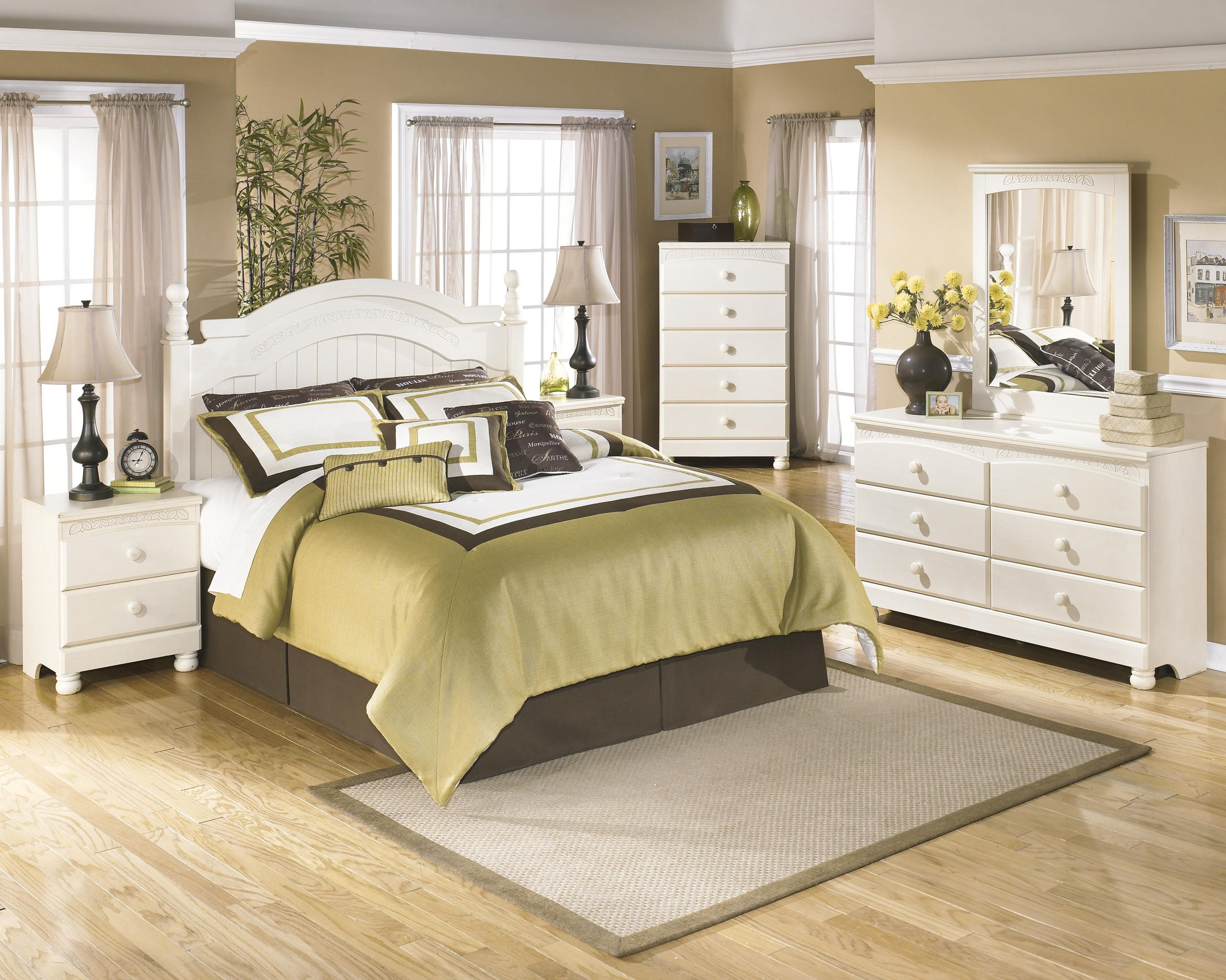 Cottage Retreat Queen Full Bedroom Group By Signature Design By Ashley At Wayside Furnit Cottage Style Bedrooms Cream Bedroom Furniture White Bedroom Furniture