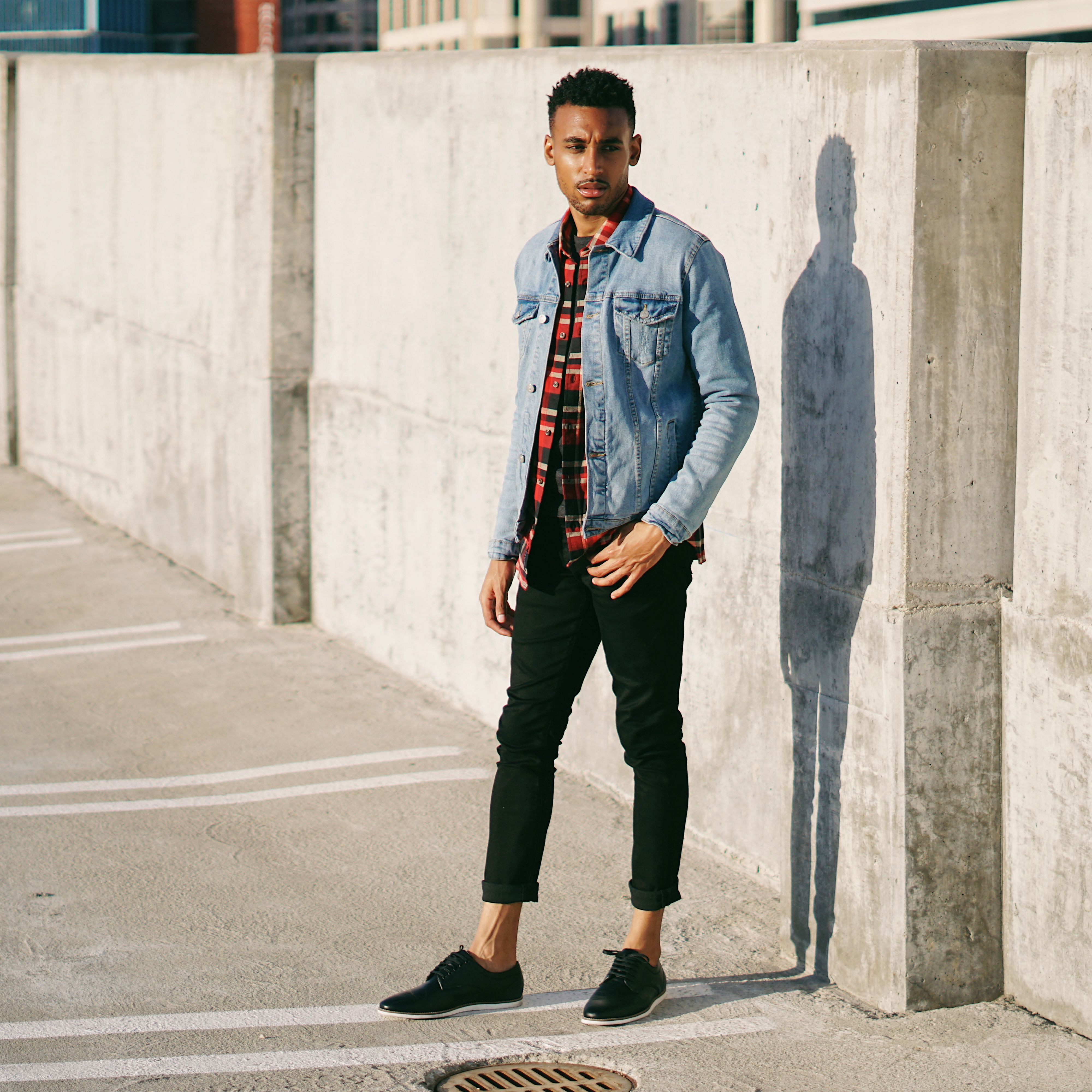 45 Awesome Jeans Jackets Ideas For Men Look Cooler Fashions Nowadays Mens Fashion Denim Denim Jacket Fashion Mens Fashion Jeans [ 4000 x 4000 Pixel ]
