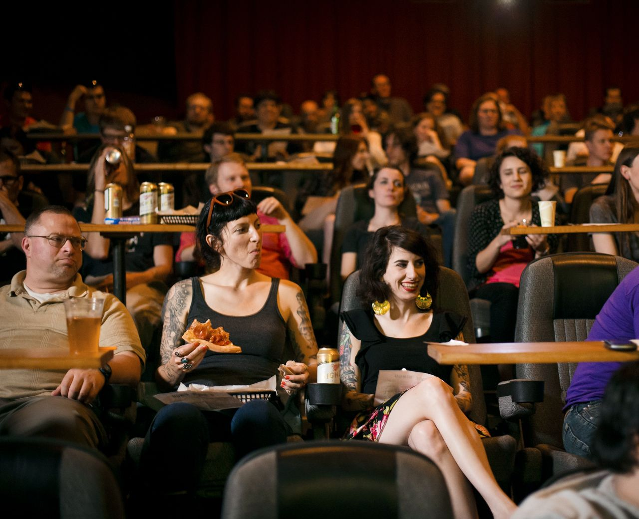Brew n view movie theaters that serve beer with