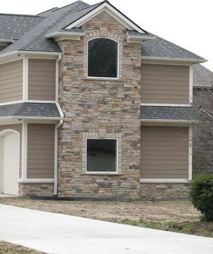 Mix Of Stone And Siding Looks Nice Boral Cultured Stone Country Ledgestone Traditional Exterior Traditional Exterior Boral Cultured Stone Cultured Stone