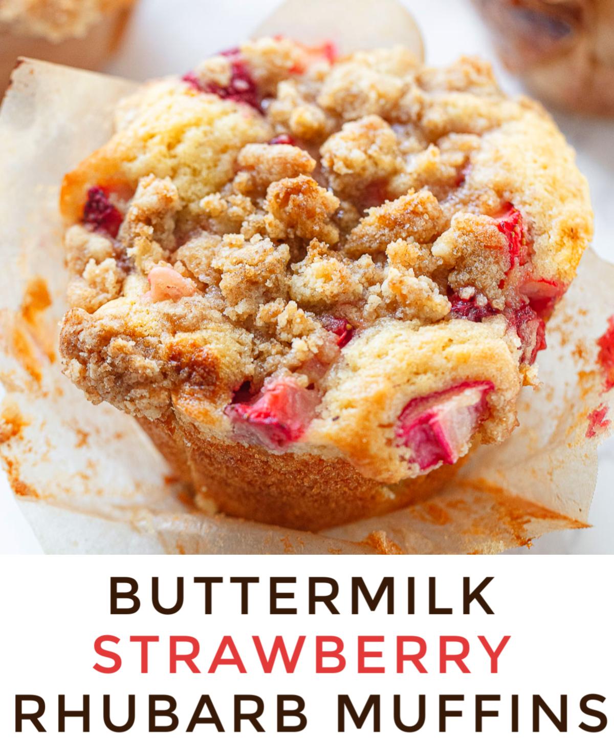 Big Buttermilk Strawberry Rhubarb Muffins In 2020 Breakfast Recipes Easy Strawberry Rhubarb Muffins Love Food