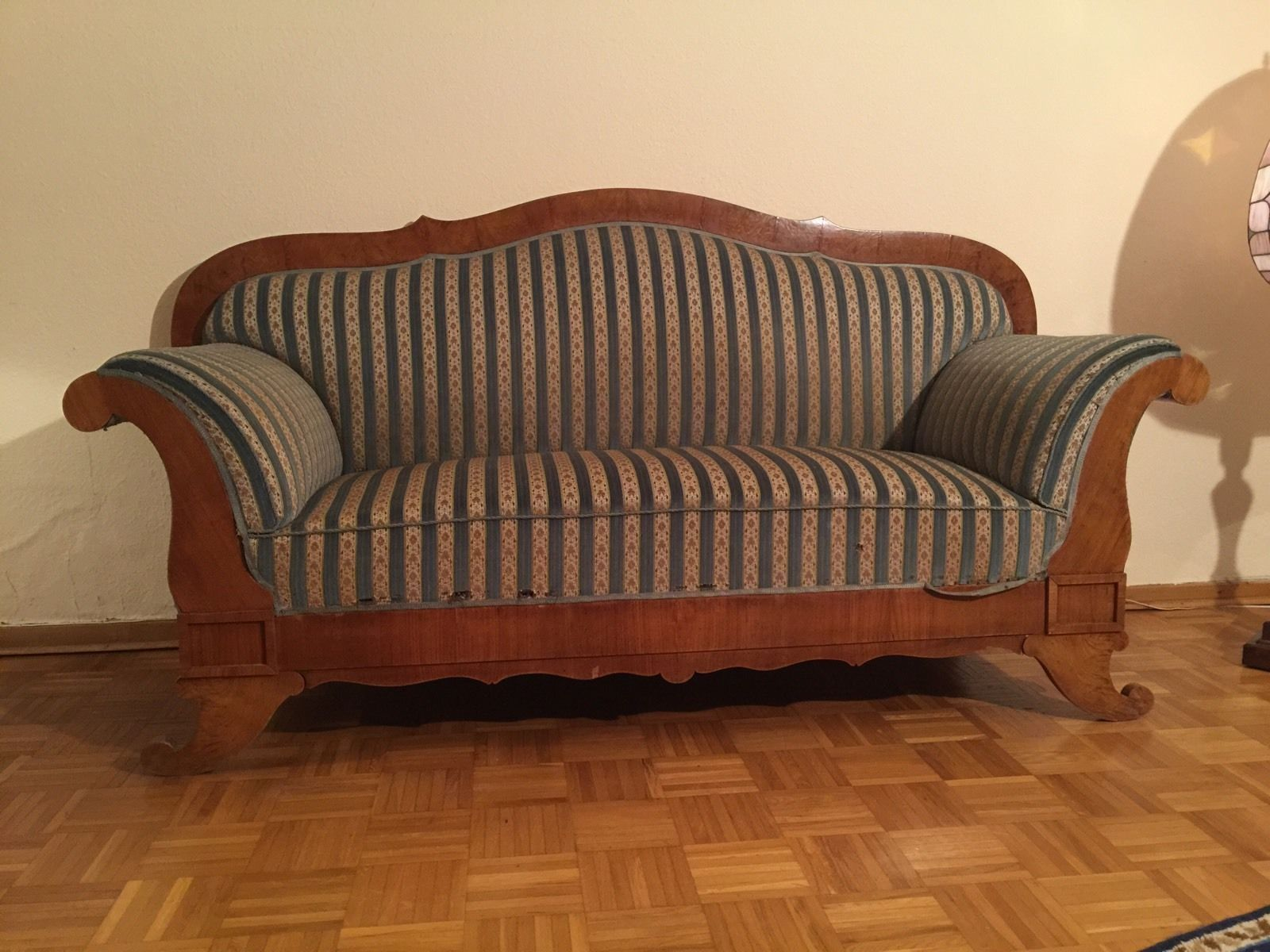 Hand carved amp upholstered chair late 1800 s grand rapids mi area - Antikes Biedermeier Sofa Ebay