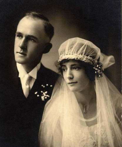 Exceptional 1920s Wedding Portrait Photo WOW Bride Groom Loving   eBay