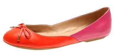 Color me Happy! What's better than an adorable ballet flat with deep magenta-fuchsia and red color tones... NOTHING!