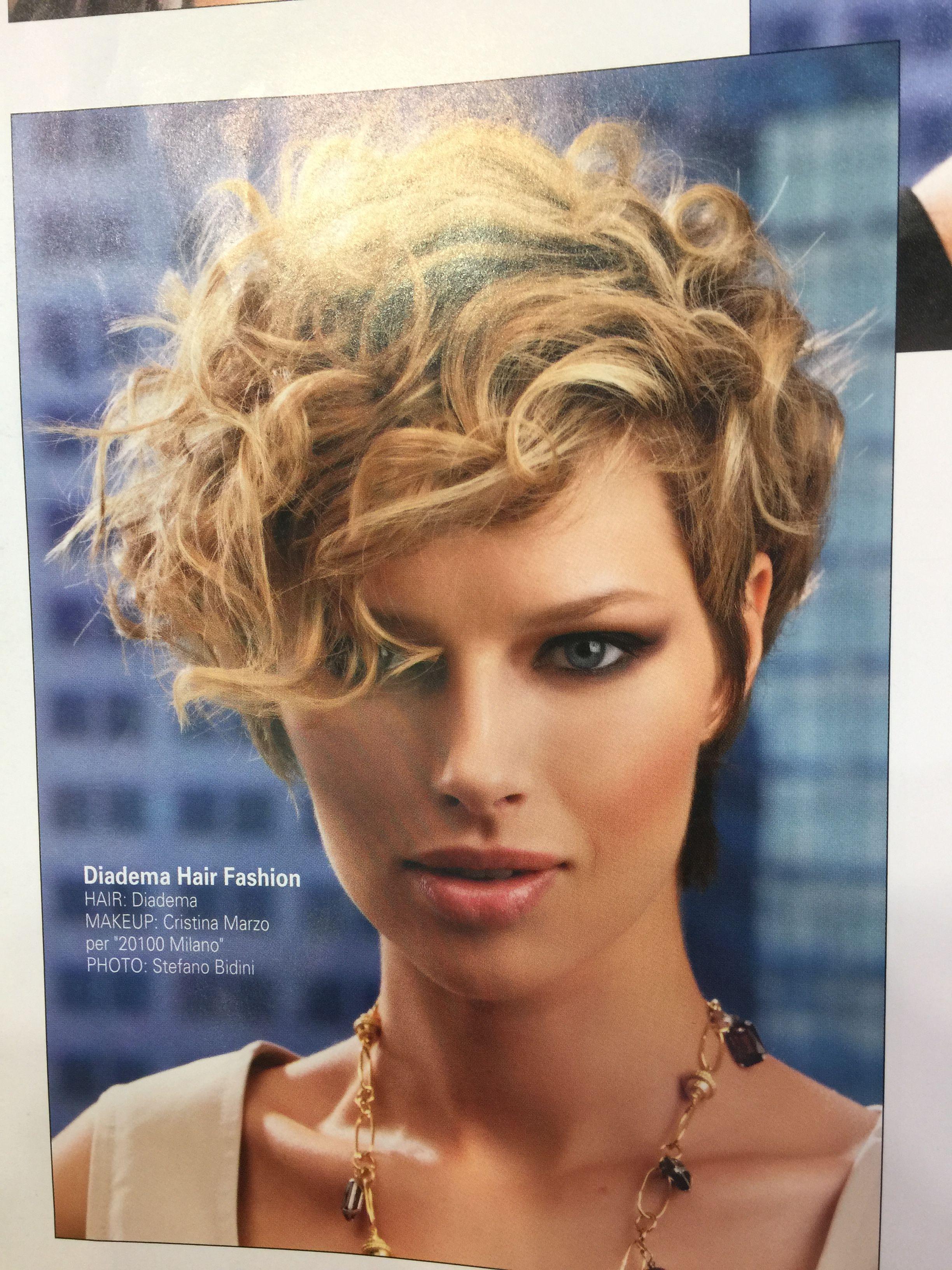 Short Curly Hair Fryzury Krótkie Kręcone Włosy Fryzury