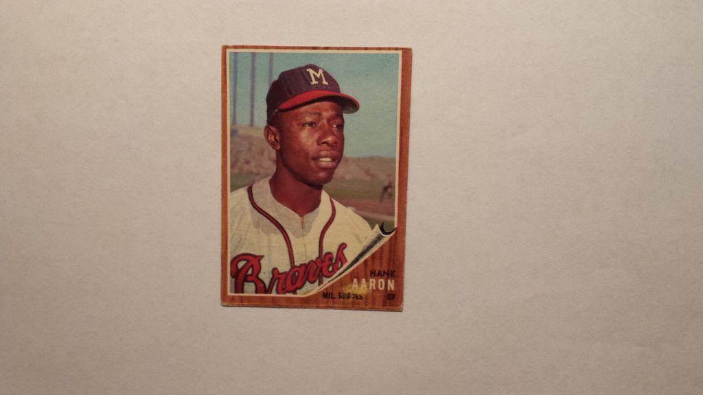 1962 topps hank aaron single baseball card baseball