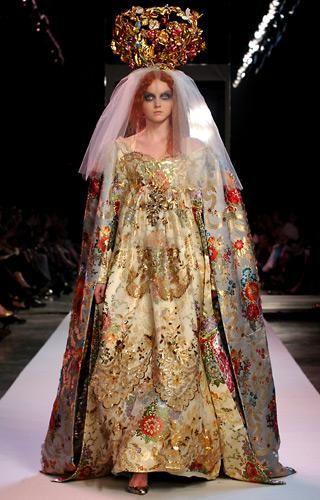 Défilé Christian Lacroix Automne-hiver 2007-2008 Haute couture | Le Figaro Madame