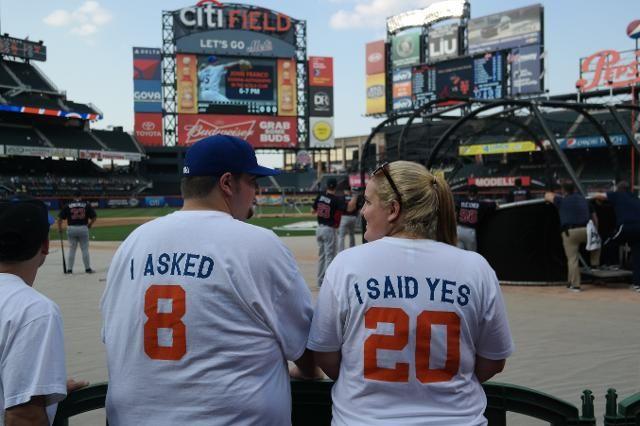 Baseball online dating