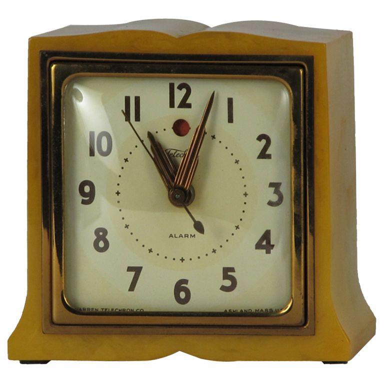 1930 S Telechron Bakelite Alarm Clock 1stdibs Com Antique Clocks Vintage Clock Clock
