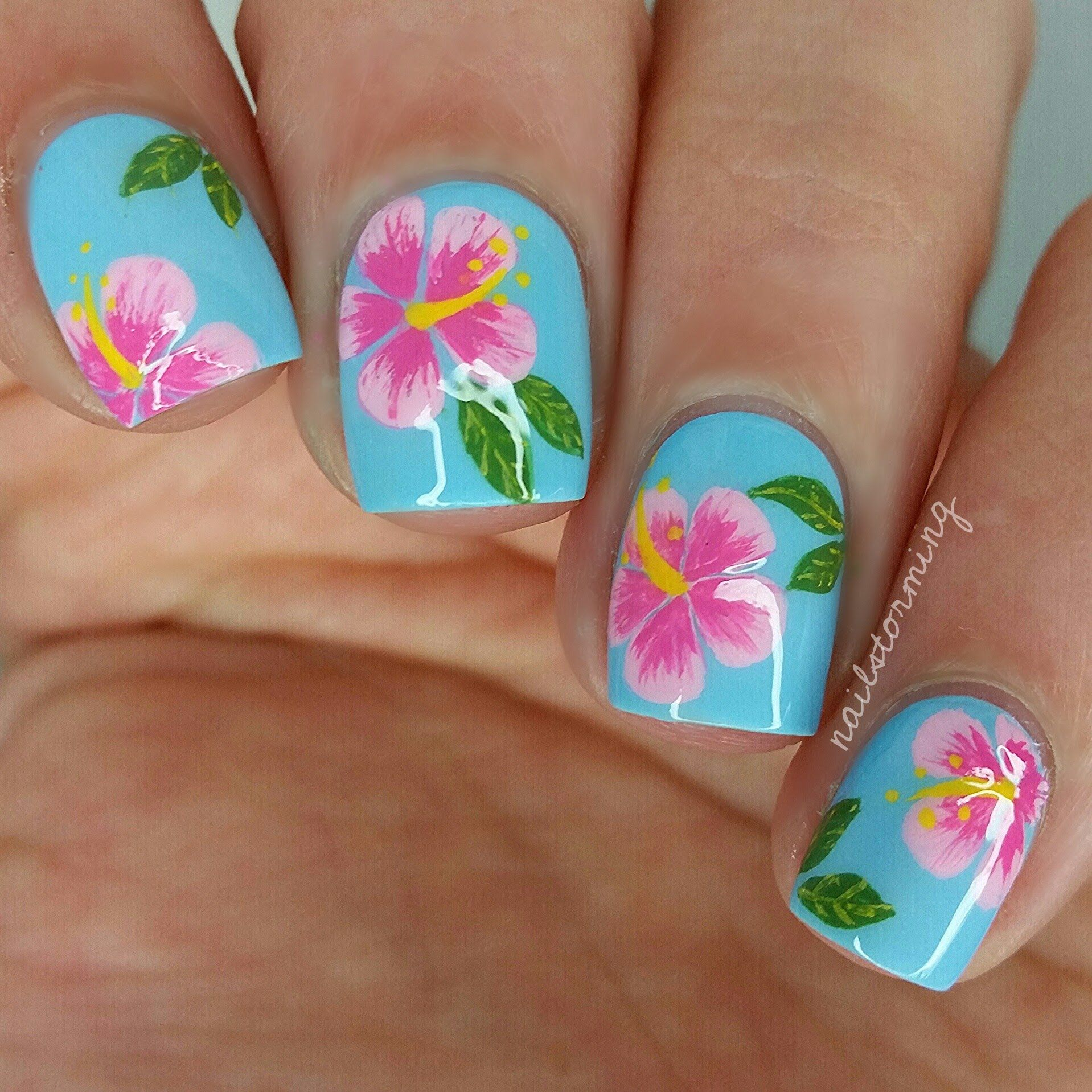 Dream Of Paradise With This Summer Inspired Nail Art With Free Hand Hibiscus Flower Details Diy With This How To And Floral Nails Flower Nails Flower Nail Art