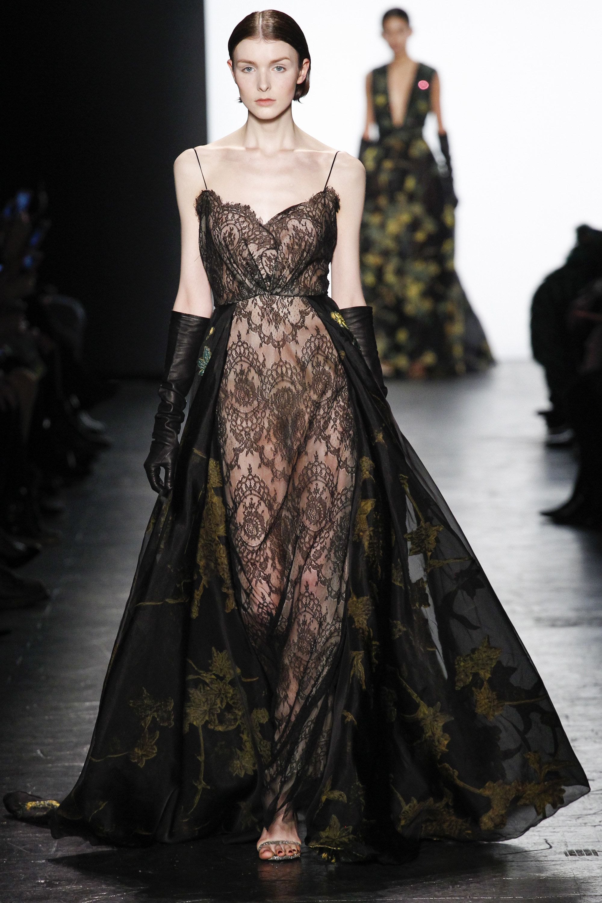 Philosophy Di Alberta Ferretti Semi Transparentes Kleid Mit Blumen Dennis Basso Fall 2016 Ready To Wear Fashion Show New York