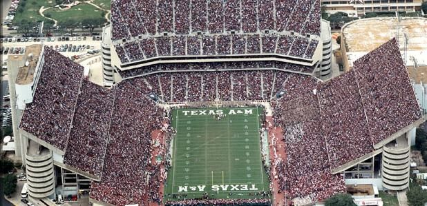 Pin On My Favorite 12 College Football Stadiums