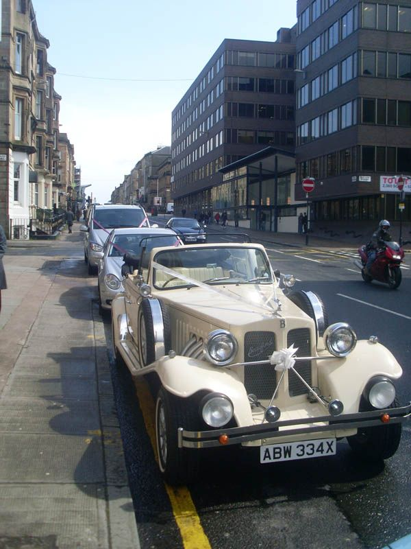 I would love to arrive in an old fashion car | Wedding | Pinterest ...