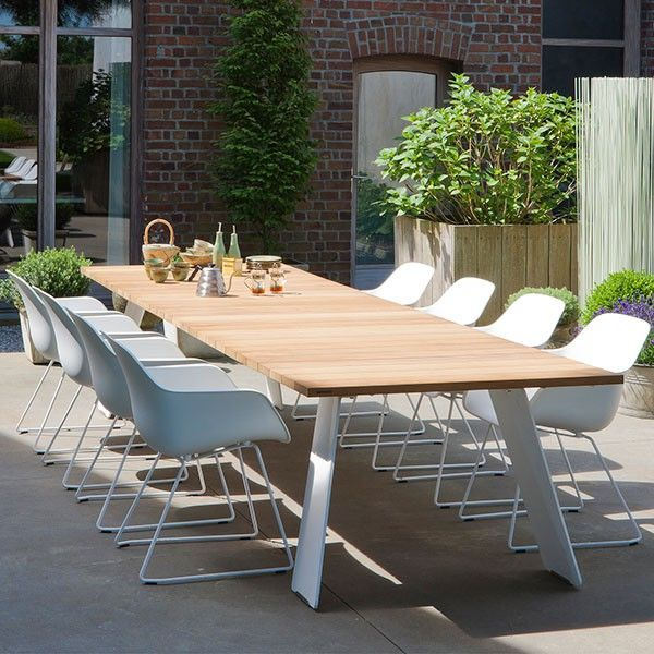 Table Pontsun | By Extremis | Outdoor garden furniture, Outdoor ...