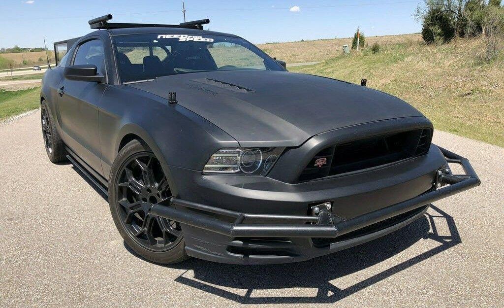 Quieres Un Auto De Pelicula Este Ford Mustang De Need For Speed Esta En Venta Automoviles Coches Motor Mexico Drive Ford Mustang Mustang Ford Mustang Gt