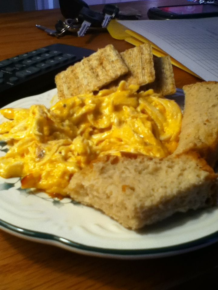 Mmmm buffalo chicken dip with beer bread and crackers best Super Bowl and holiday Favs for me