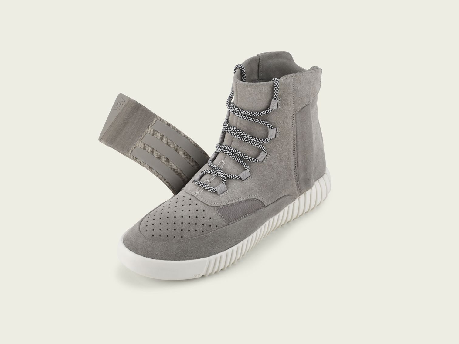 Adidas Yeezy Boost 750 Authentic Adidas Yeezy Boost Shoes come with original  box, extra laces and 2 dust bags & Receipt.
