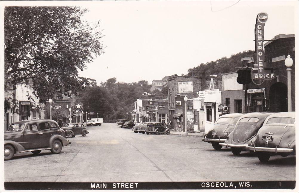 RP:  Main Street , OSCEOLA , Wisconsin , 30-40s