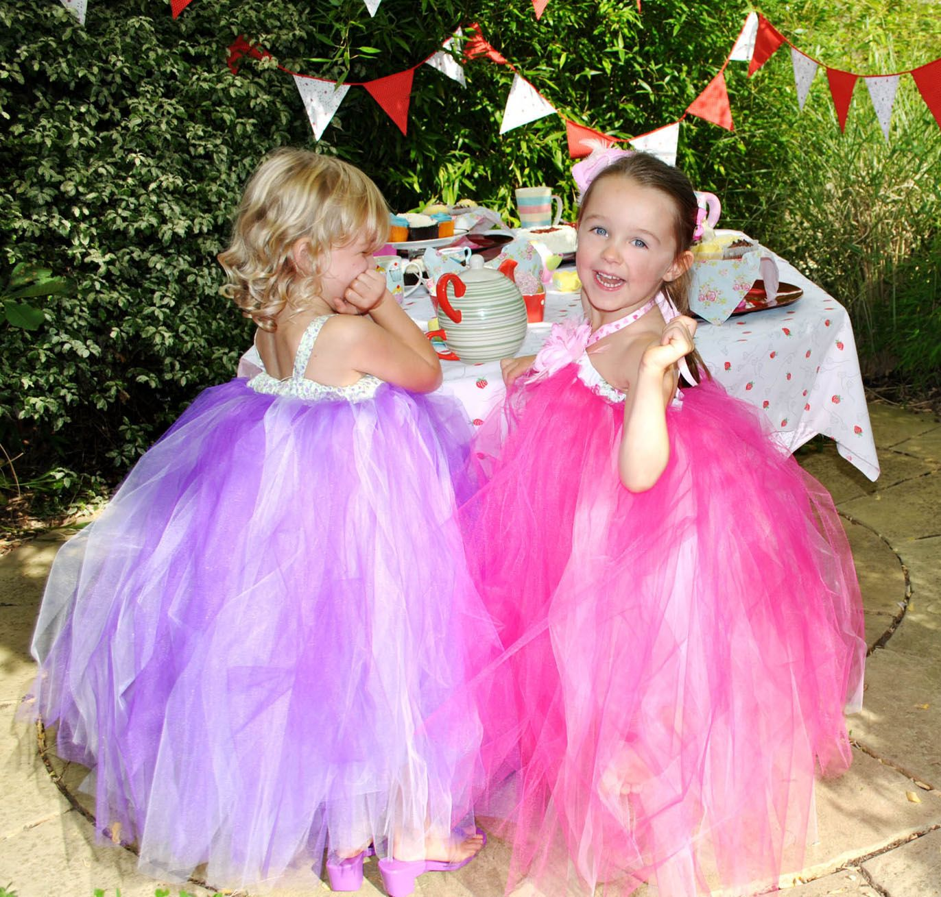 Playing at princesses discover best ideas about little girls how