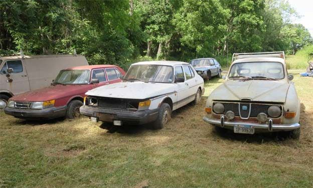 Saab Collector selling the entire collection of 11 Saab cars http://goo.gl/6UyaY7