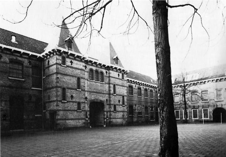 binnenplaats blokhuis Oude foto's Leeuwarden - Markant - Picasa Webalbums