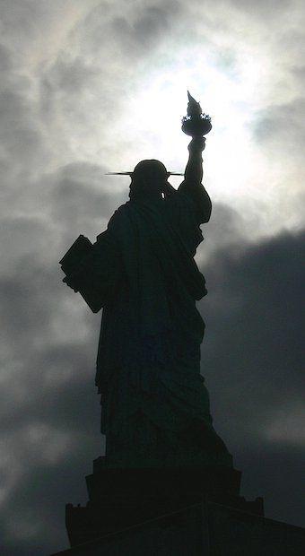 Outra vista da Estátua da Liberdade.