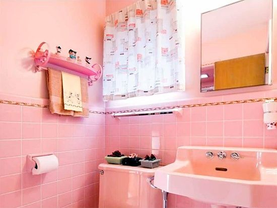 Atomic Ranch Midcentury Interiors. Pink BathroomsDream ...