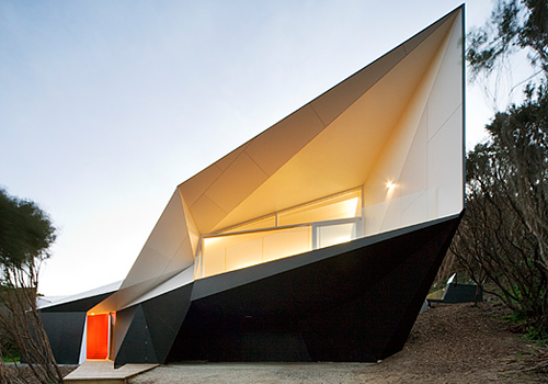 Klein Bottle House in Australia by McBride Charles Ryan