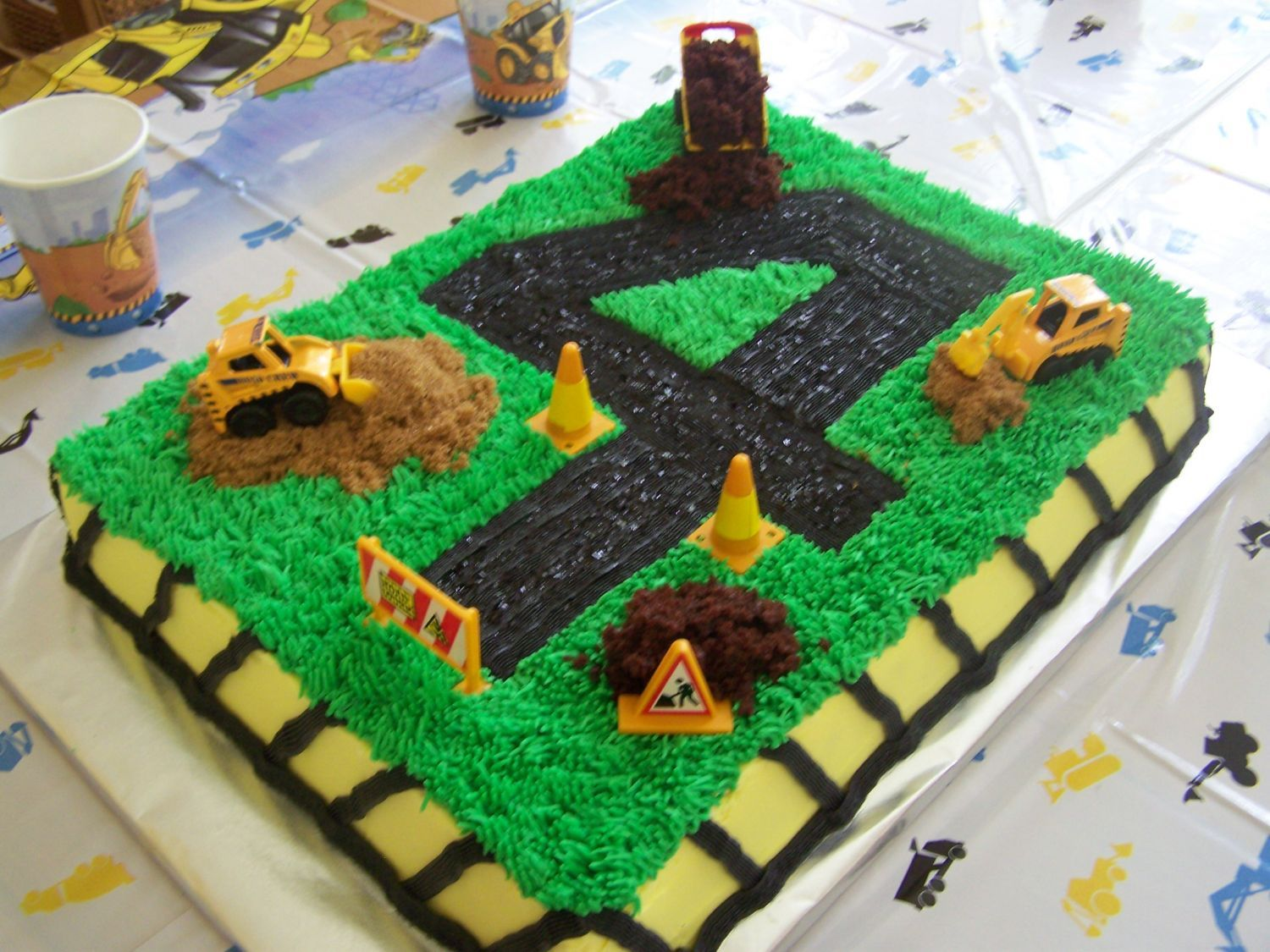 Marvelous Construction Cake With Images Construction Birthday Party Personalised Birthday Cards Veneteletsinfo