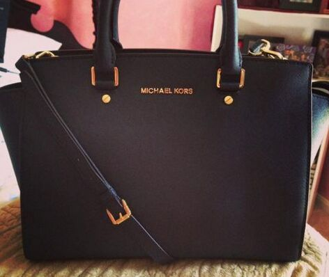 Michael Kors Miranda Pebbled Large Black Totes Outlet