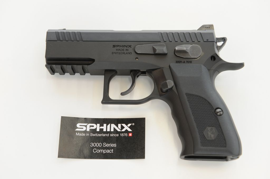 Sphinx 3000 Compact | Grips and speedloader | Guns, ammo