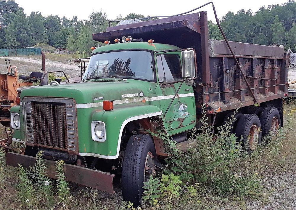 GENUINE 1978 INTERNATIONAL LOADSTAR 1850 F-1850 DUMP TRUCK / PARTS