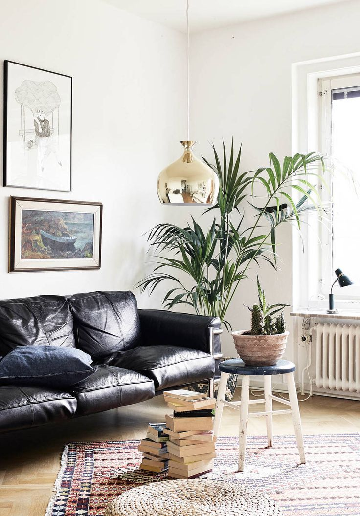 How To Decorate A Living Room With A Black Leather Sofa Black