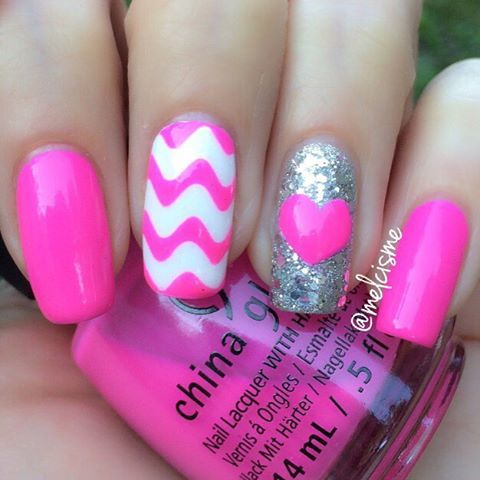 #PINK   @chinaglazeofficial  Glow with the flow  wavy vinyls from @glammymani